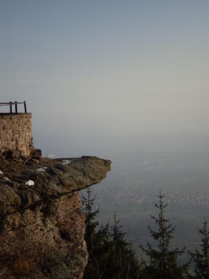 Altitona (Massif du Mont-Sainte-Odile, Alsace) - Tutoyer l'infini.